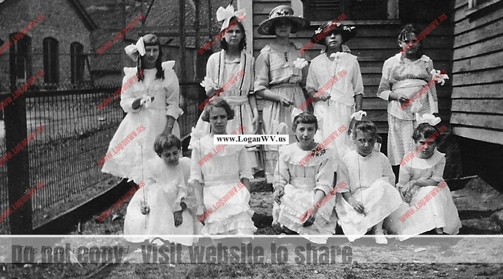 Virginia Taylor and Elizabeth Taylor taken Easter Sunday in 1922.  Virginia is to the far left in the back row.  Elizabeth is in the center of the front row.