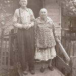 40 - Uncle Pete and Aunt Minnie