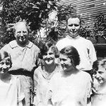 Alice Taylor with son and daughters Back: Alice Taylor and Bijah Taylor:  Front: Virginia Taylor, Katie Pyburn, Elizabeth (wife of Bijahj) and Elizabeth Taylor.  Taken Chicago  in August of 1924.