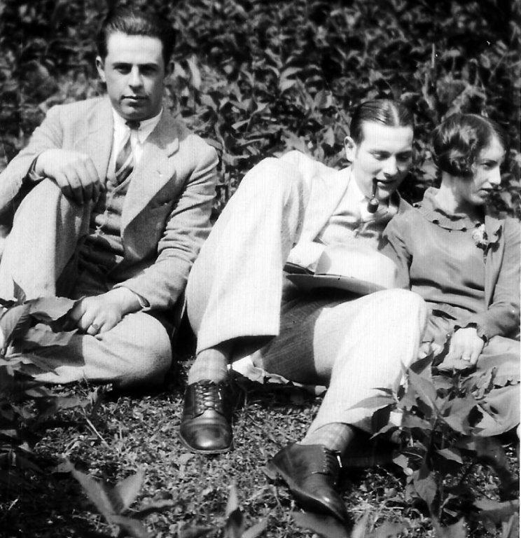 Clovis McCormack with Johnny Jones and Elizabeth Taylor. Taken at Monitor, WV.