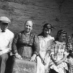 1923 Clyde Taylor with mother, sisters and sister-in-law:  Clyde Taylor, Alice Taylor, Virginia, Alice Taylor, Elizabeth Taylor (wife of Bijah Taylor)