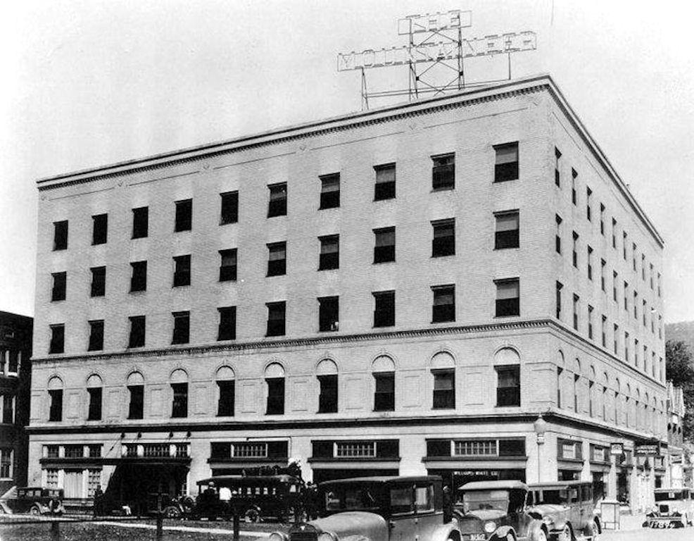 Mountaineer Hotel in 1925, Williamson WV courtesy of Lillian Porter-Smith