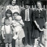 Opal, Ned, Roxie Samson with Childen & Patty Napier holding bobby Samson