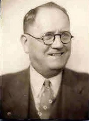Rev J Green (Preacher Green) McNeely, Minister, Logan County Clerk 1926-1942