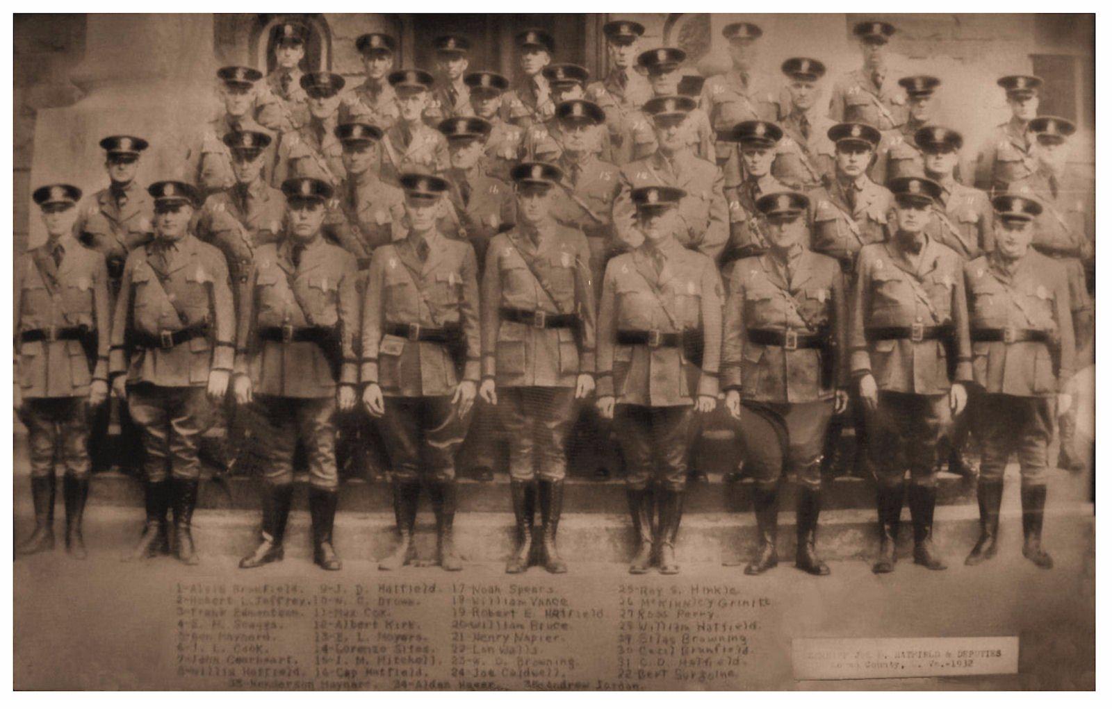 1932 Sheriff Joe D. Hatfield & Deputies